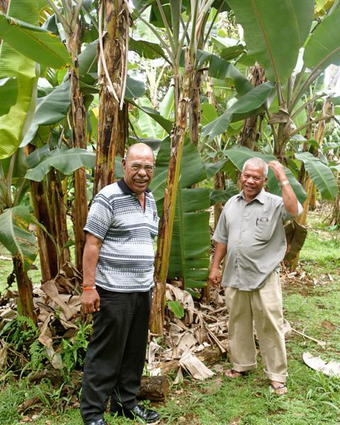 One of Lois' legacies is the IFCP, which she co-founded with Pohnpei State Agriculture Chief Adelino Lorens (right). She was replaced at the helm of the IFCP by Rainer Jimmy (left). (Photo by A. Vezina)